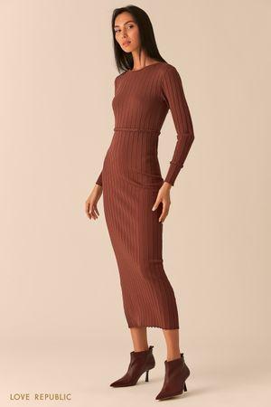 Трикотажное платье миди с поясом-косичкой шоколадного оттенка фото