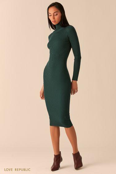 Платье из рельефного трикотажа с высоким горлом изумрудного цвета 03593070579