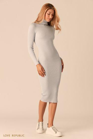 Платье из рельефного трикотажа с высоким горлом голубого цвета 03593070579