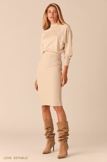 Трикотажное кремовое платье миди с юбкой в рубчик 0359322578