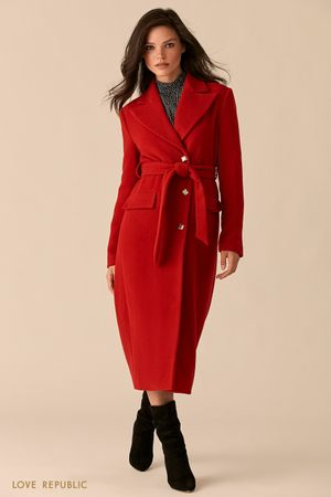 Красное приталенное пальто с широкими лацканами