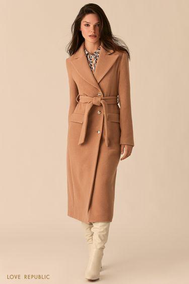 Бежевое приталенное пальто с широкими лацканами 0359514114