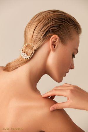 Круглая заколка для волос с декором фото