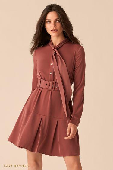 Приталенное платье с юбкой в складку и галстуком 0450006503
