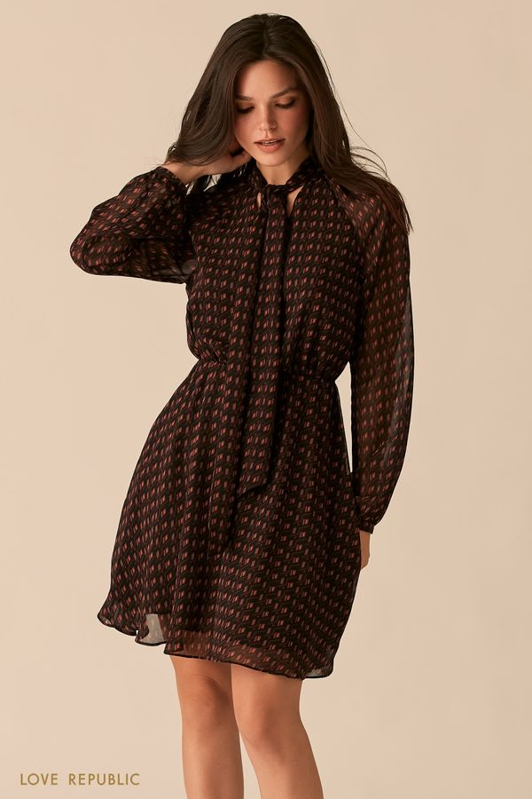 Шифоновое платье с галстуком с геометричным принтом 0450016521-15