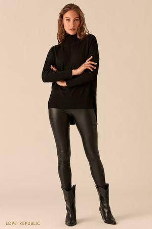 Черные брюки прилегающего силуэта из экокожи