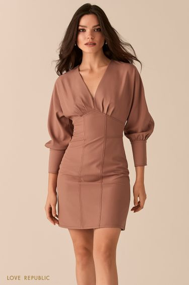 Приталенное платье с акцентным лифом цвета капучино 0450210523