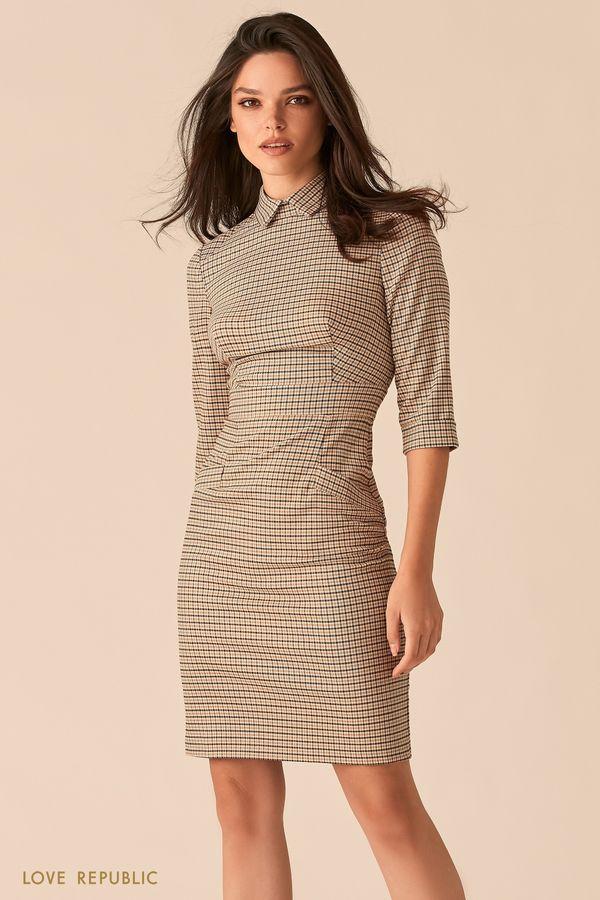 Платье с отложным воротничком с бежевым мелкографичным принтом 0450222530-65