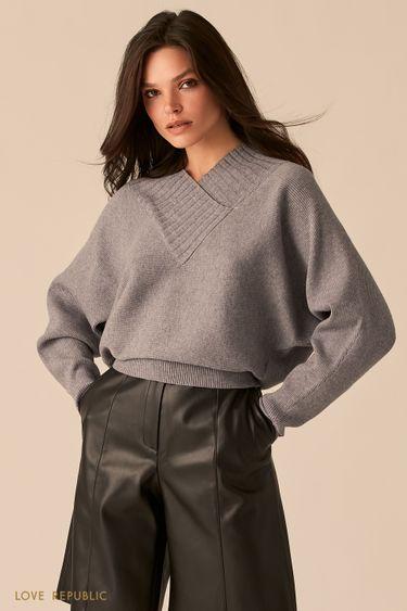 Фактурный oversize свитер с V-образным вырезом 0450305805