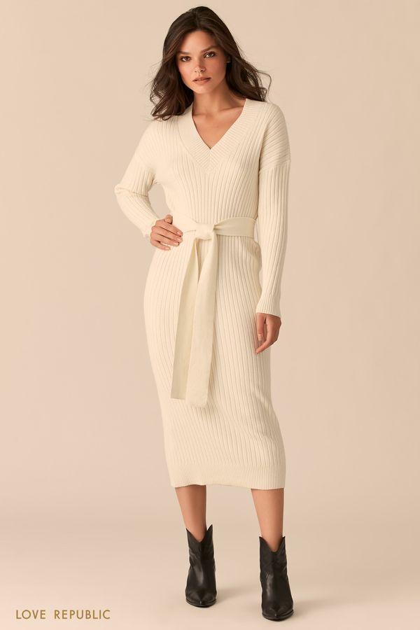 Платье-лапша с поясом на талии и V-образным вырезом бежевого цвета 0450315506-62