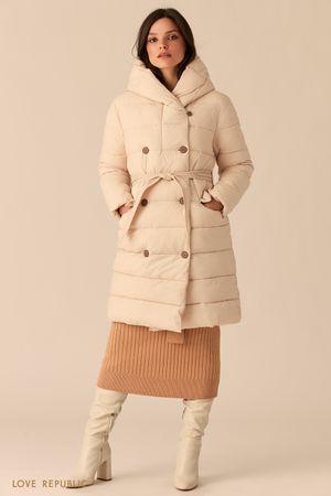 Стеганое двубортное пальто бежевого цвета с капюшоном