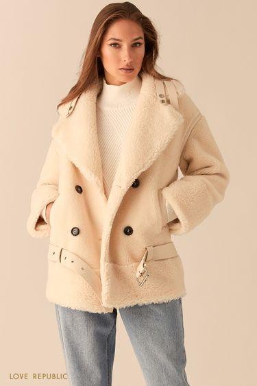 Двубортная удлиненная куртка из экомеха молочного цвета 0450502102
