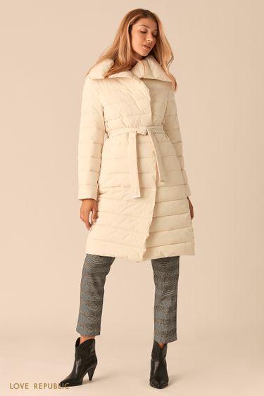 Стеганое пальто с регулируемым отложным воротником молочного оттенка 0450510110