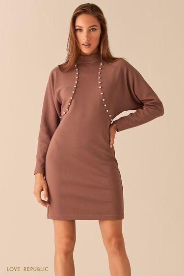 Приталенное платье с жемчужной отделкой 0451104514