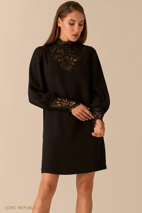 Прямое платье с кружевным декольте и манжетами 0451221521-50