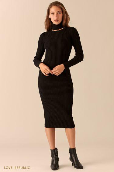 Платье из рельефного трикотажа с декорированным воротником 0451332573