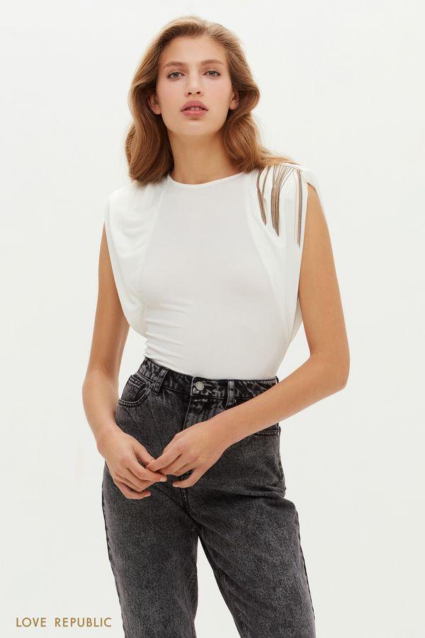 Остромодная блузка с акцентной бахромой на плече 0452133319-50