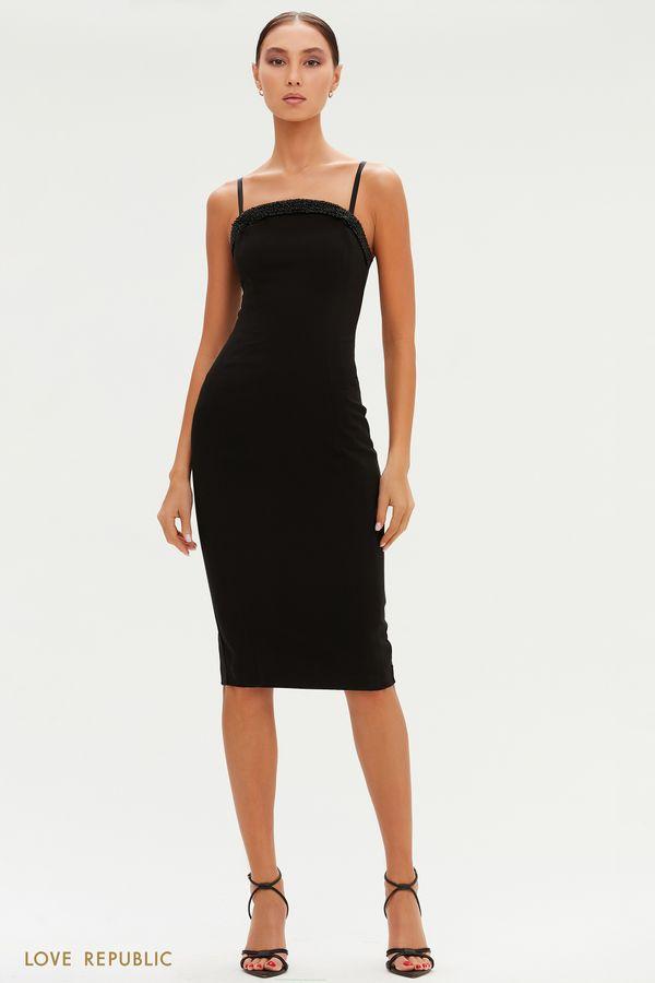 Чувственное платье-футляр с отделкой бисером 0452207568-50