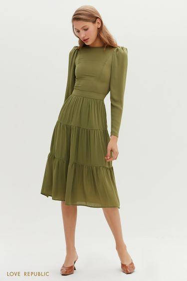 Приталенное миди-платье с ярусным подолом 1151029524
