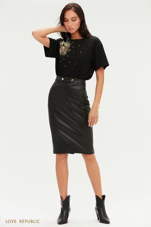 Лаконичная юбка миди из экокожи