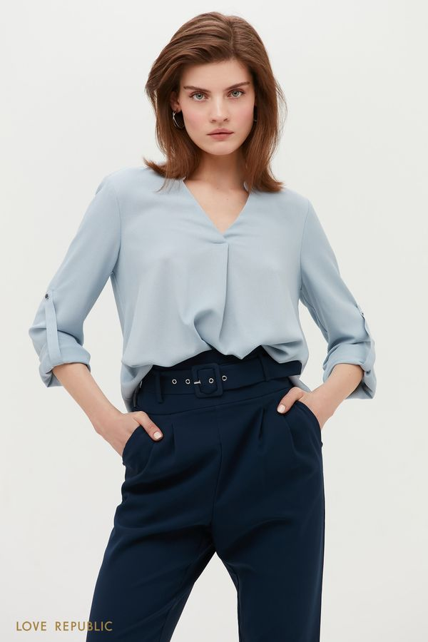 Свободная блузка голубого цвета с V-образным вырезом 1152059350-41