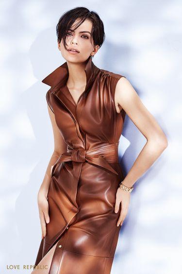 Платье миди из экокожи с акцентным поясом 1152230529