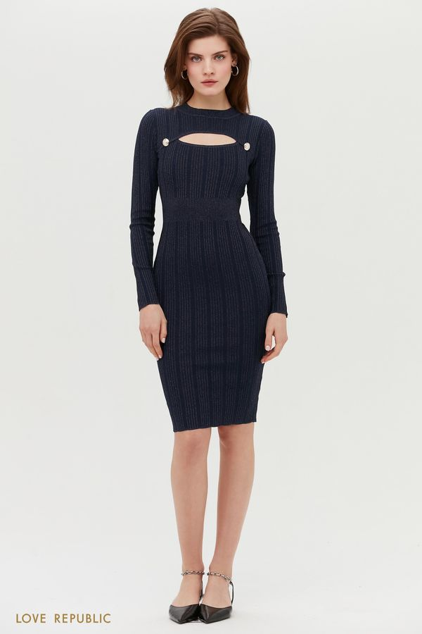 Платье с декоративным вырезом на груди 1152314551-62