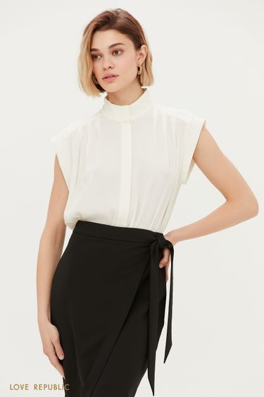 Блузка из вискозы с защипами на плечах 1153016305