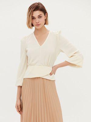Легкая блузка в рубчик
