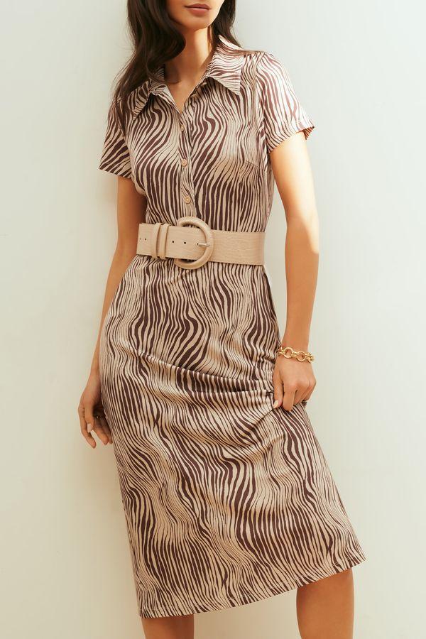 Платье миди с принтом и поясом на талии 1153109559-5