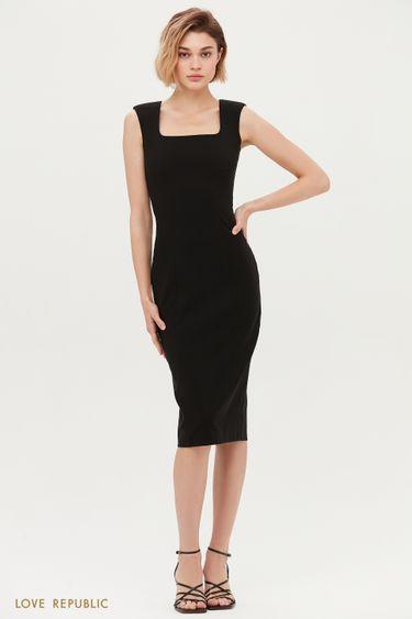 Чёрное платье-футляр с открытыми плечами 1153212523