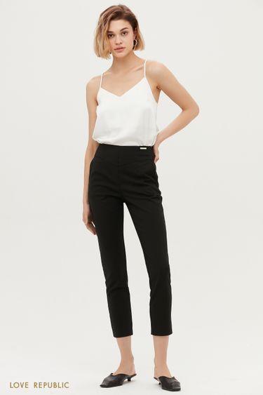 Чёрные укороченные брюки с фигурной кокеткой 1153231741