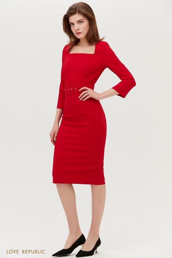 Приталенное платье c фигурным вырезом 1153222563-50