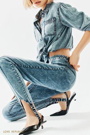 Голубые джинсы со штрипками