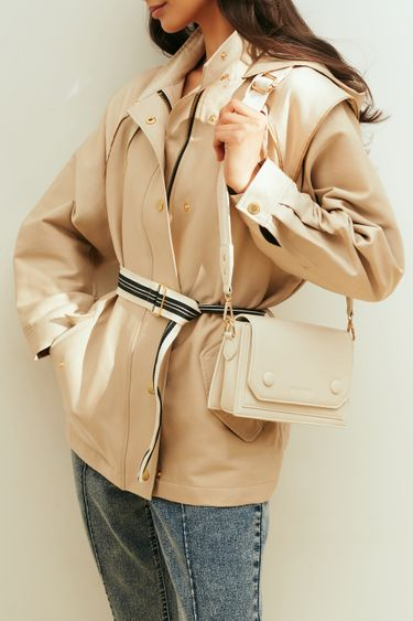 Бежевая куртка с капюшоном и поясом на талии 1153501101