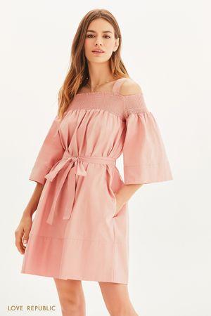 Платье свободного кроя с вафельной резинкой