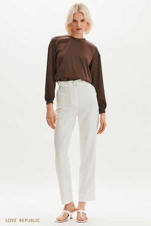 Прямые брюки с текстильным поясом