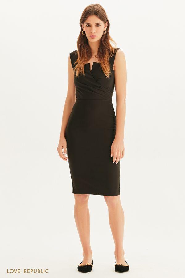 Элегантное платье с акцентным кроем 1255267586-61