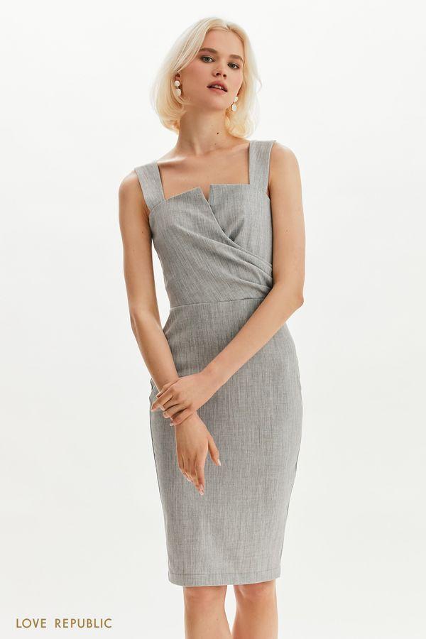 Элегантное платье с акцентным кроем 1255268586-32
