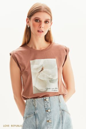 Oversize футболка без рукавов с цветочным принтом
