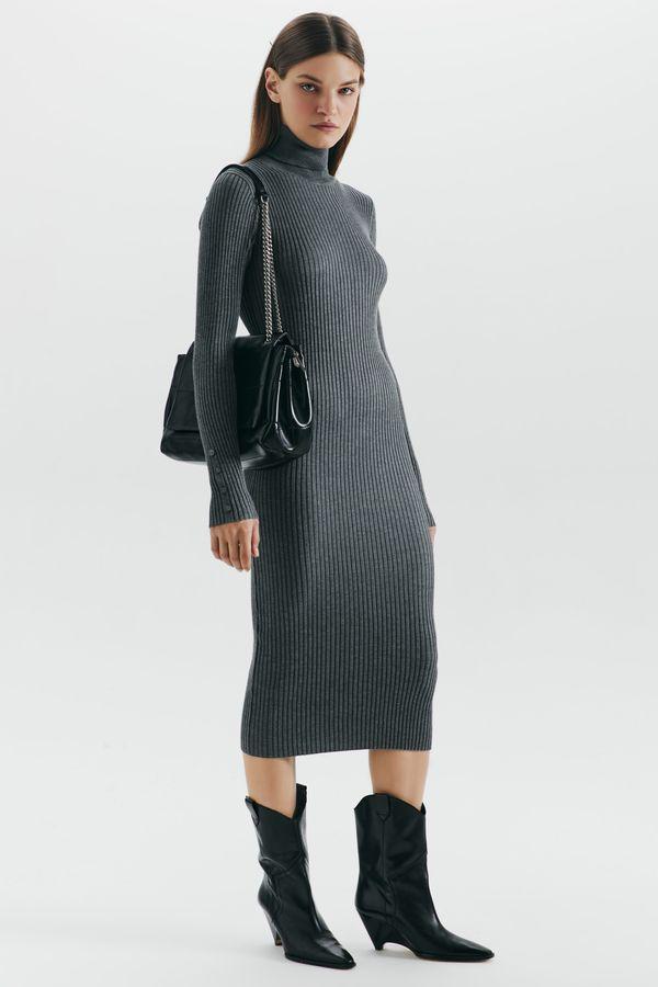 Платье-лапша из смесовой вискозы 1359313501-66