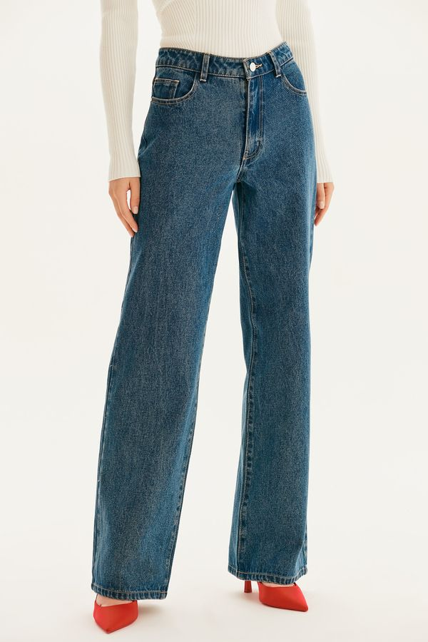 Базовые джинсы-трубы 1359418708-103