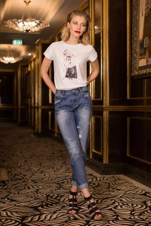 LOVE REPUBLIC Брюки джинсовые love republic брюки джинсовые