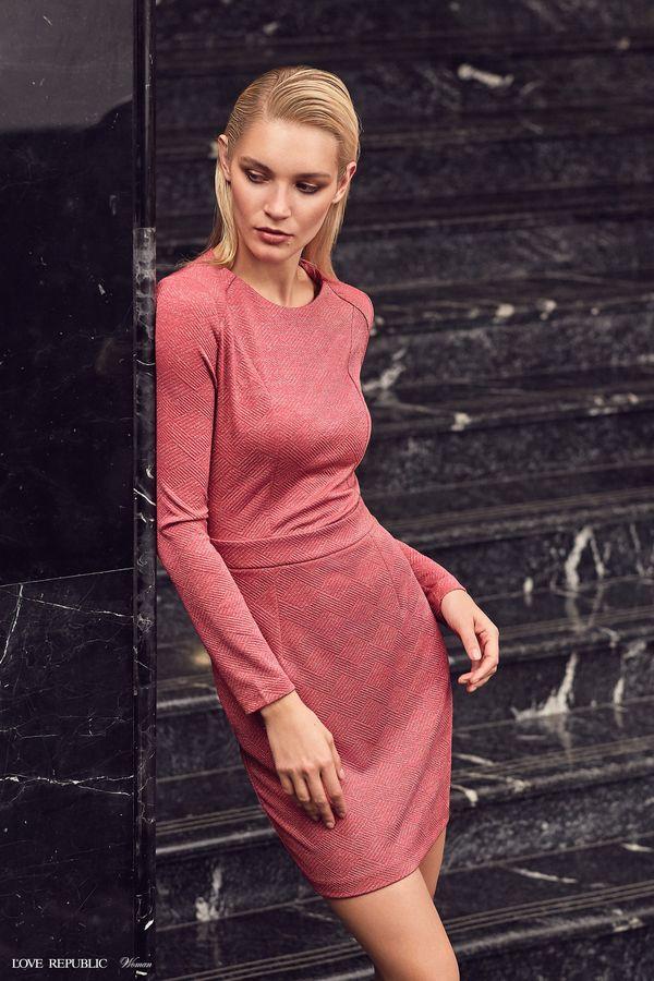 cb1db2847c9a Магазин женской одежды Love Republic – официальный интернет-магазин.