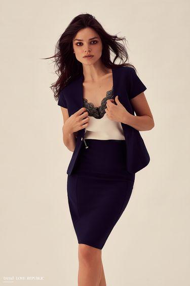 efdc9d8eaf49 Распродажа женской одежды - интернет-магазин «Love Republic»