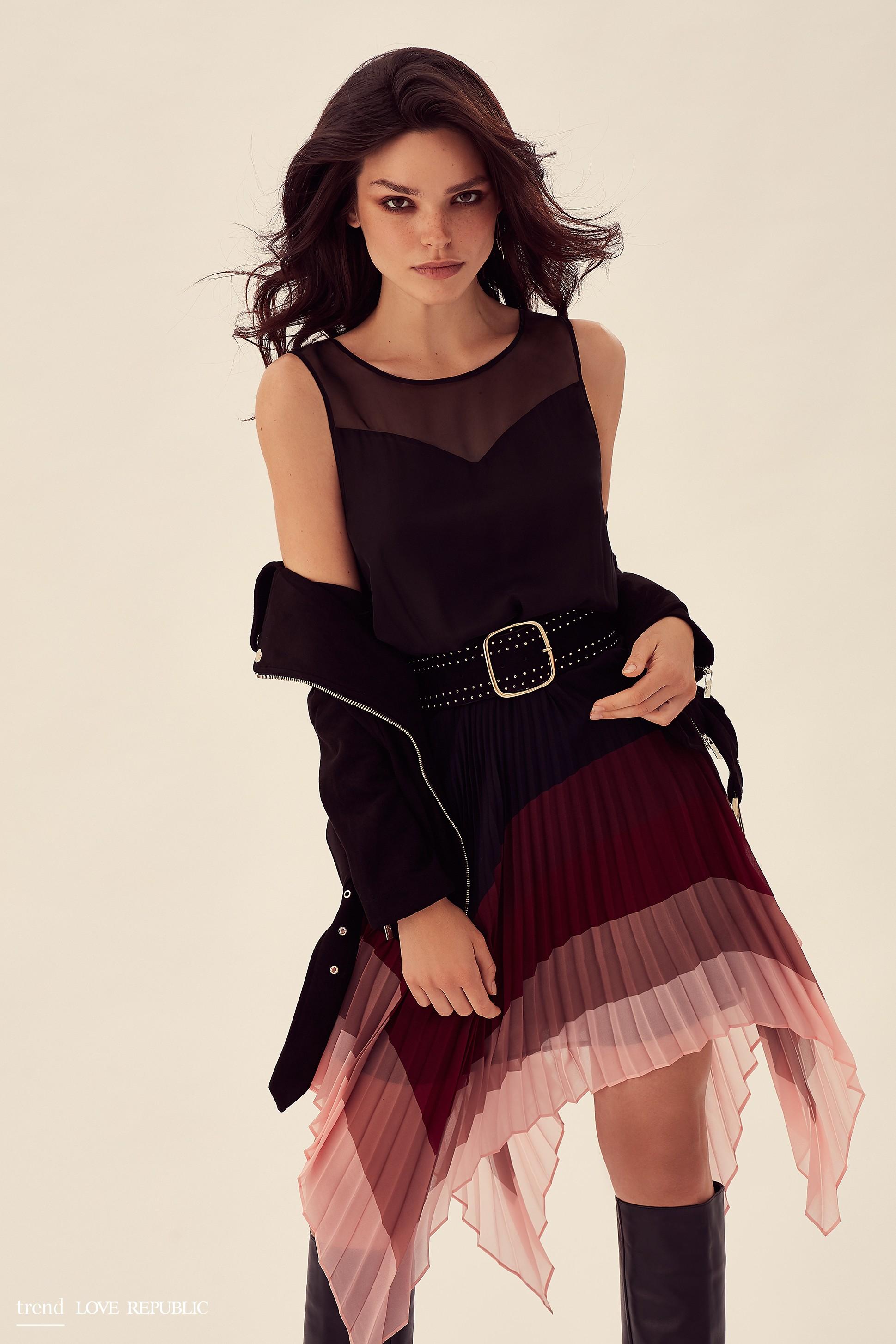 44446e58dfd8a Купить красивое женское платье - интернет-магазин «Love Republic»