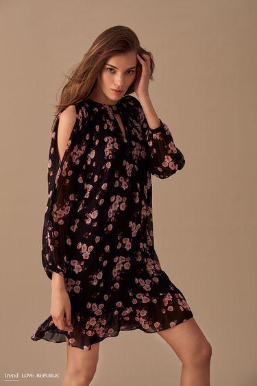 Плиссированное платье с цветочным принтом  9358002522