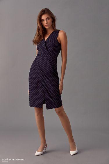 Платье-футляр кроя с запахом 9358083529