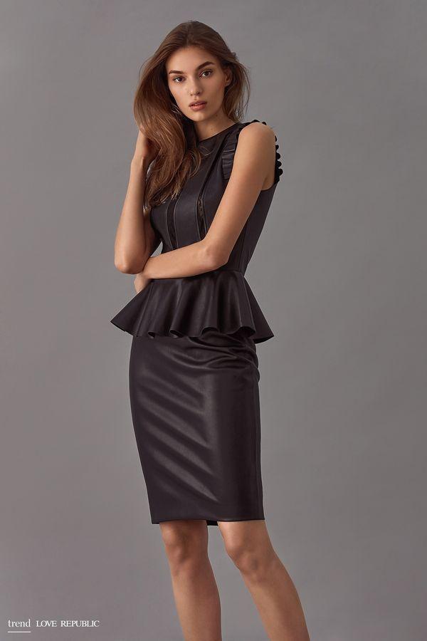 Прямая юбка из эко-кожи, черная | 900x600