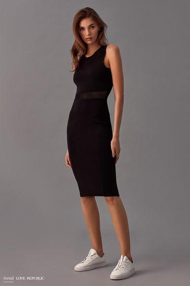 Платье-футляр со вставками из сетки  9358132532